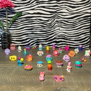 🔴😲‼️Shopkins‼️ Bundle of 31 pcs.